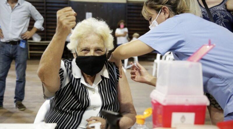 Enviarán turnos para completar esquemas con vacunación combinada